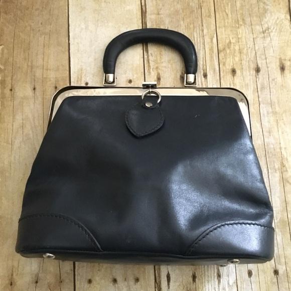 Vintage navy leather Ronay purse handbag. M 5aa6b8f88df470047ff3171b 920da72dd0